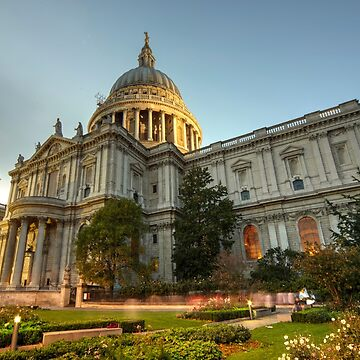 St Paul's Cathedral at dusk  by hawkie
