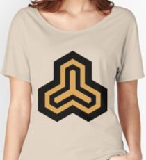 Geometric Pattern: Y Outline: Black/Gold Women's Relaxed Fit T-Shirt