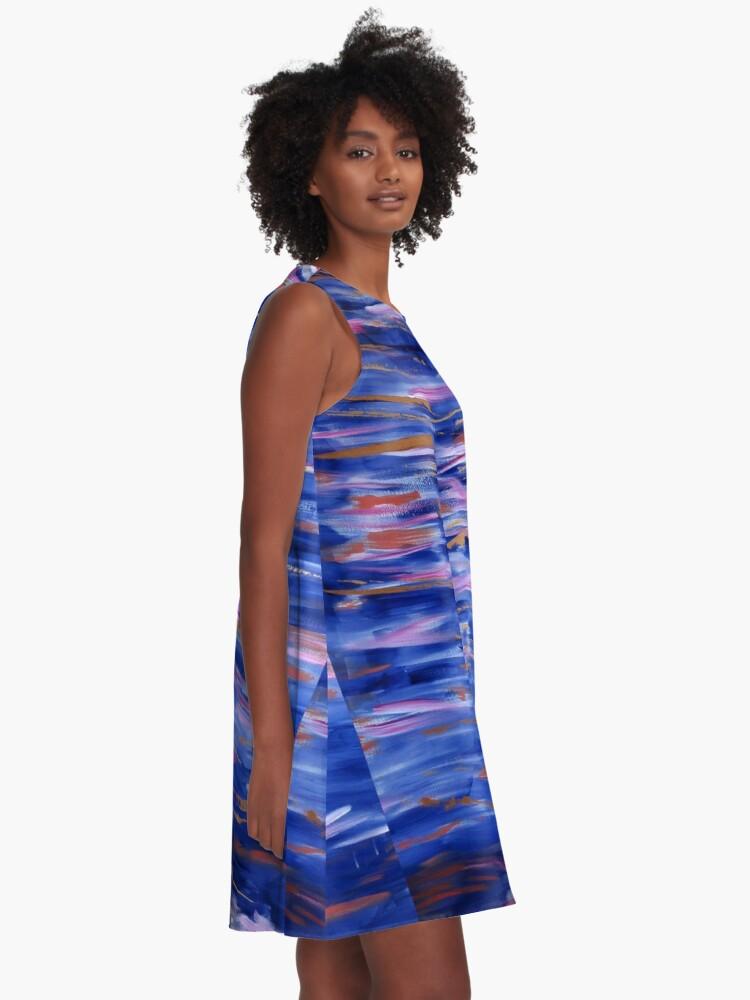 Robe trapèze ''Crépuscule sur l'eau': autre vue