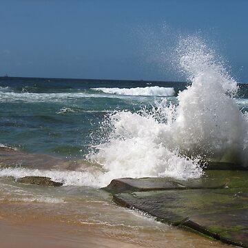bar beach wave by gypsysouls