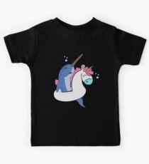 Narwhal Unicorn Float | Kühles Fantasie-Tier-Geschenk Kinder T-Shirt