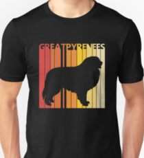Vintage Retro Great Pyrenees Christmas Gift Unisex T-Shirt