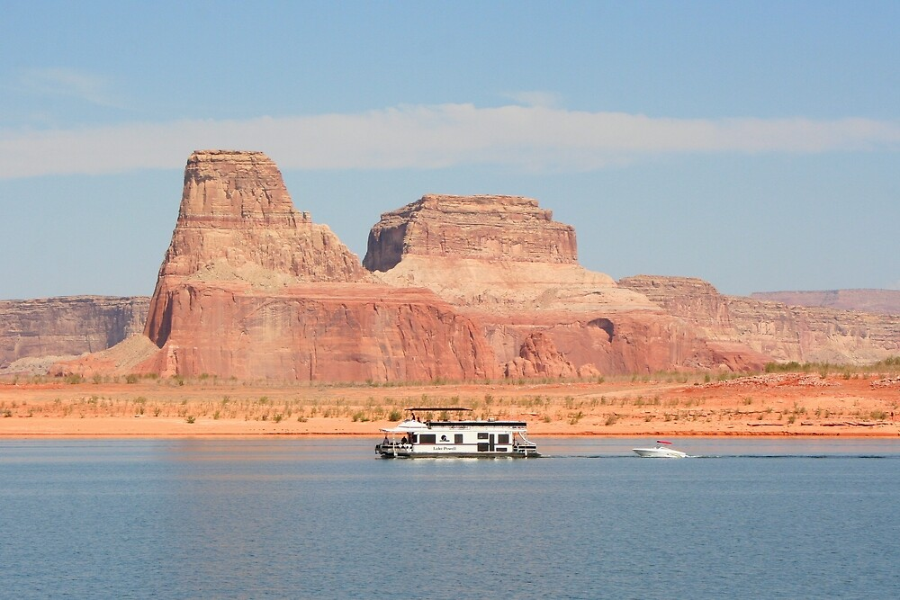 Lake Powell houseboat by FranWest