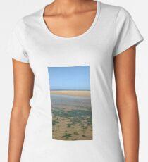 'beach walk', By JPOempathy. Women's Premium T-Shirt