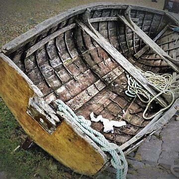 Boat at Bayards Cove by Lesliebc