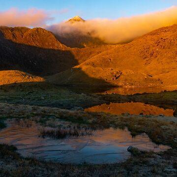 Llyn Llydaw and Snowdon, Snowdonia North Wales by cliff449