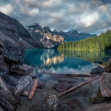 Sunrise at Moraine Lake, Canada by mattmacpherson