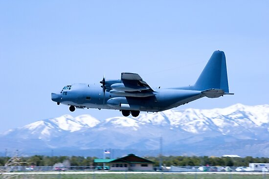 Durango C-130 Touch-and-Go by doorfrontphotos