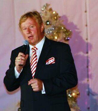 Denis Walters - singing at Carols by the Bay Geelong by Rhonda F.  Taylor
