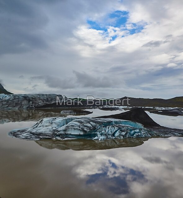 Svinafellsjökull glacier lake, Iceland by Mark Bangert