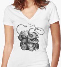 Leech Seed Women's Fitted V-Neck T-Shirt
