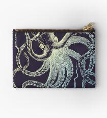Retro Vintage Octopus Scuba Diver Marine biologist design Studio Pouch