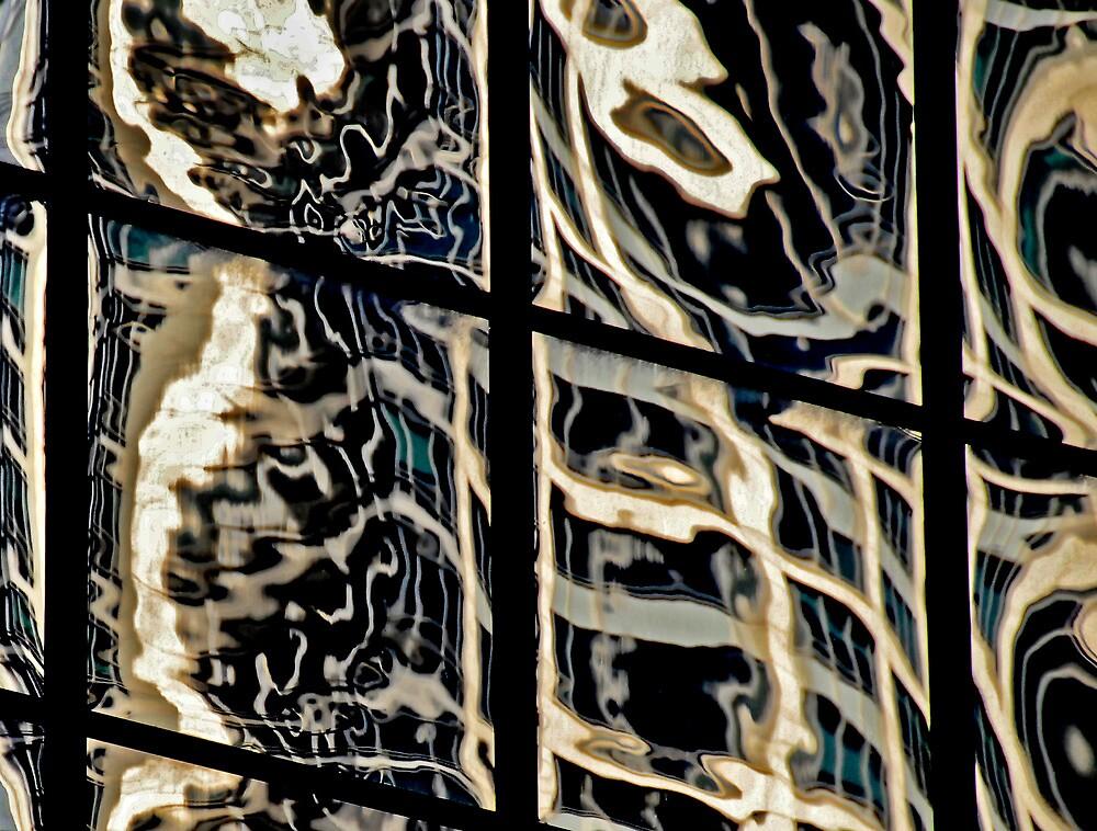 Sydney Building Reflection 38 by luvdusty