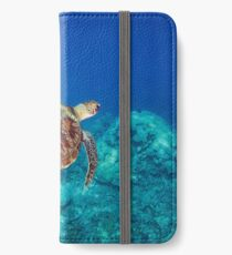 Green Turtle on the Great Barrier Reef iPhone Wallet/Case/Skin