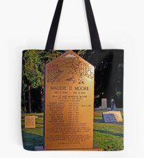 Mother 0f 9 Grandmother -- Momma of 30  Great-Grandmother  of 45 Children  Tote Bag