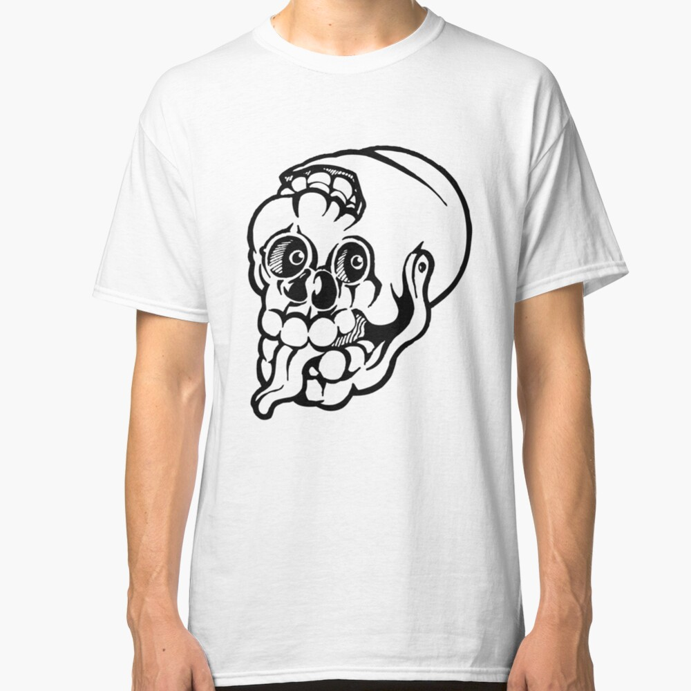 Black and white cracked skull with braindamage and has its tongue out. Classic T-Shirt