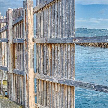 Broken Wharf Fence by urbanfragments