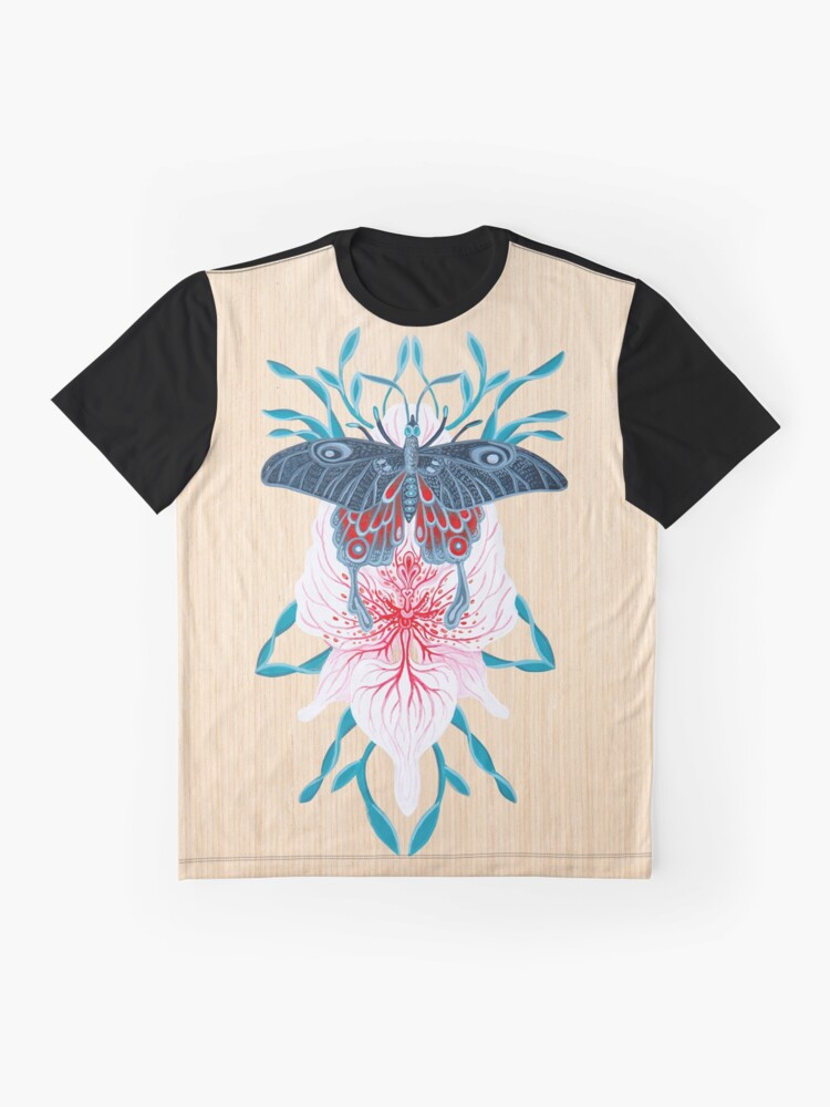 Vista alternativa de Camiseta gráfica Pintura de tatuaje de orquídea mariposa en madera