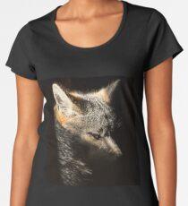 Fox in a sunbeam Women's Premium T-Shirt