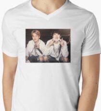 yoonmin tony montana Men's V-Neck T-Shirt