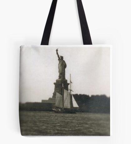 The Dutch arrive in New Amsterdam Tote Bag