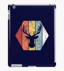 Vintage Deer Hunting Shirt Funny Hunting Retro 80s Style iPad Case/Skin