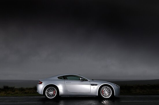 The Aston Martin V8 Vantage .... by M-Pics