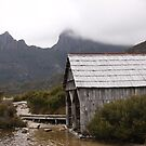 Classic Cradle Mountain by Martin Hampson