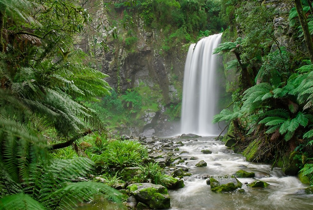 Hopetoun Falls by Mark Eden