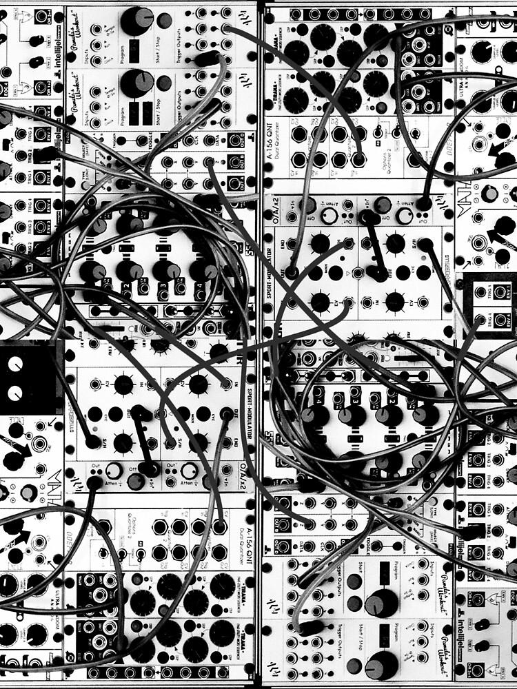 modulares System des analogen Synthesizers - Schwarzweißabbildung von ohaniki