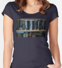 Grisham Collection Women's Fitted Scoop T-Shirt
