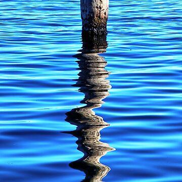Blue water. by Ian17