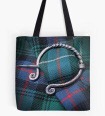 'Chlainn Domhnall' Tote Bag