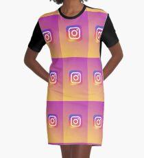 Instagram T-Shirt Kleid