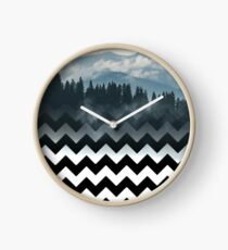 Berge-Chevron Uhr