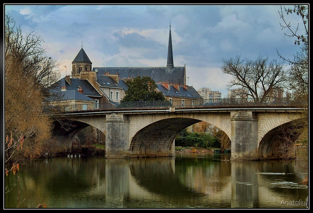 Poitiers, Church of St. Rodigonda by Anatoliy