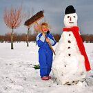 Fun with snow..... by Adri  Padmos