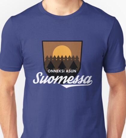 Onneksi asun Suomessa T-Shirt