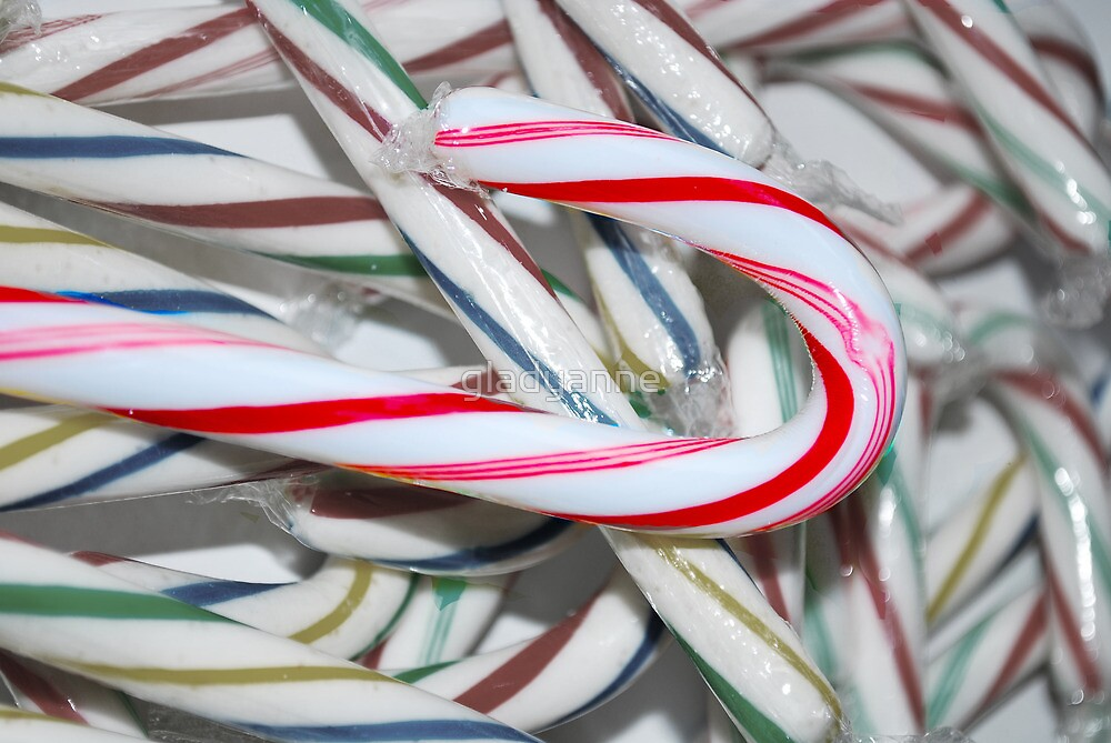 A Candy Cane to Notice by gladyanne