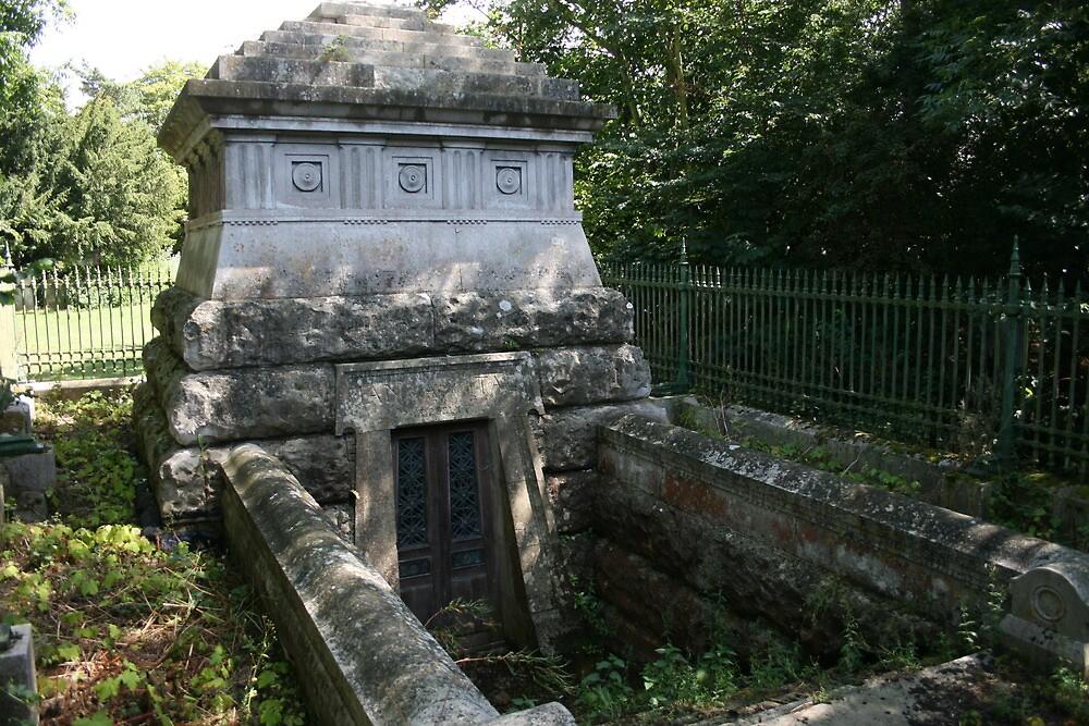 Wynne Ellis Mausoleum by Dave Godden