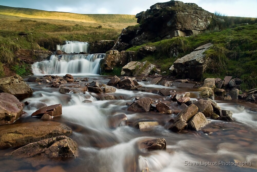 Pont ar Daf waterfall by Stephen Liptrot