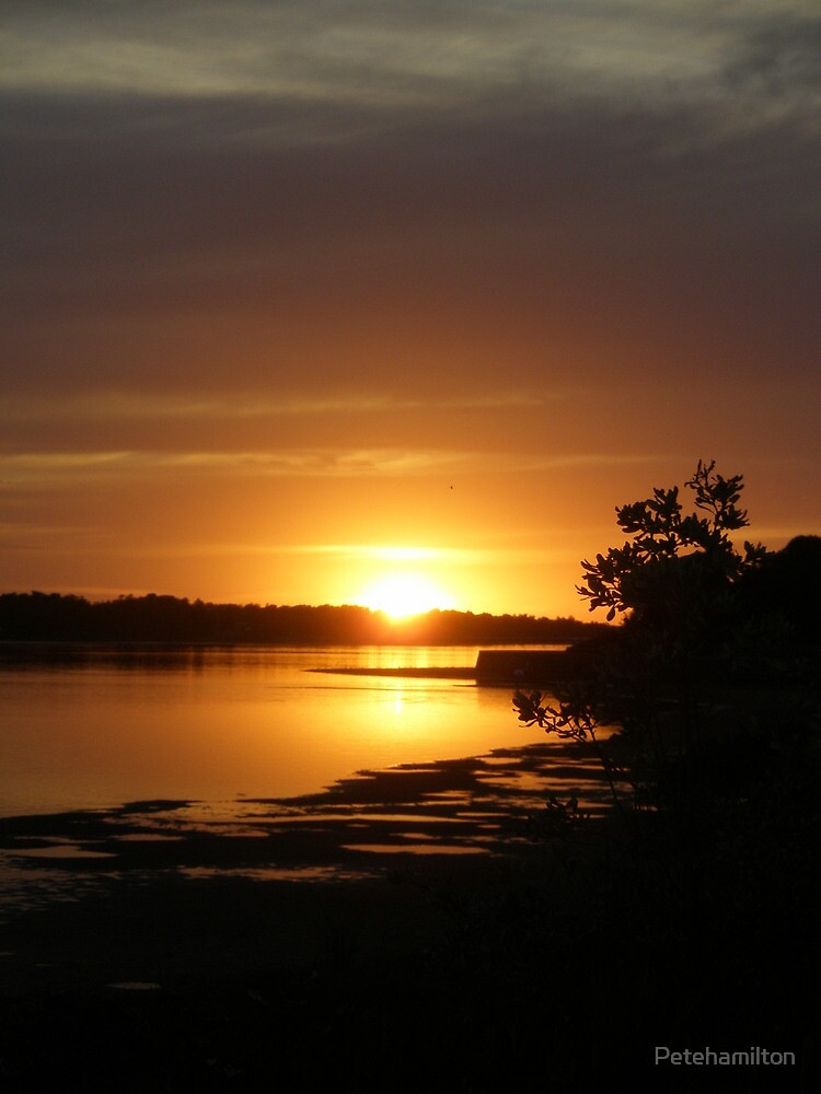 Sunset at Lakes Entrance. by Petehamilton