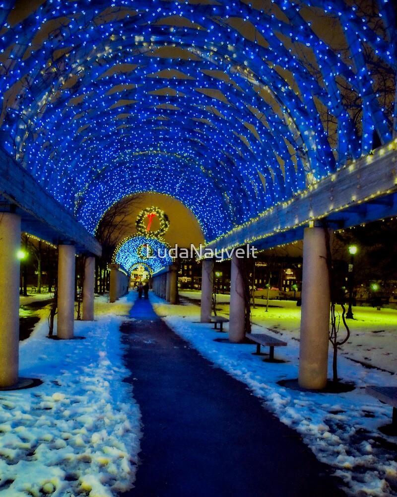 Blue tunnel by LudaNayvelt