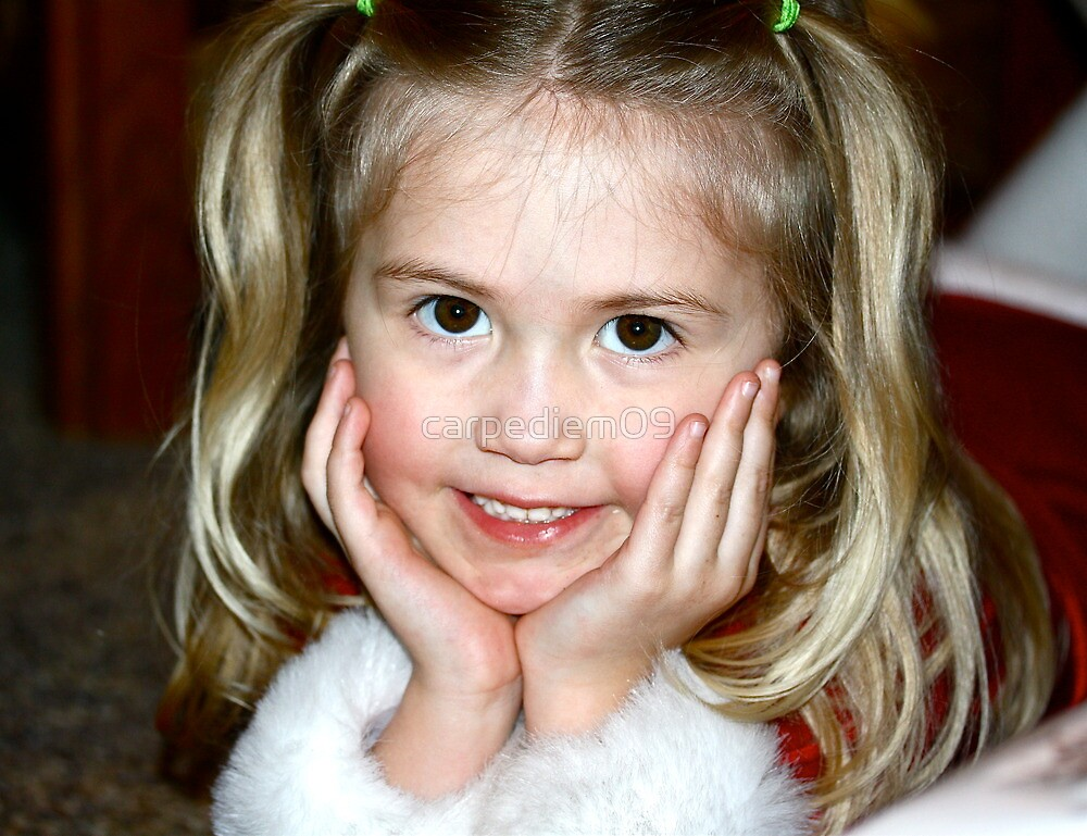 Christmas Cutie by carpediem09