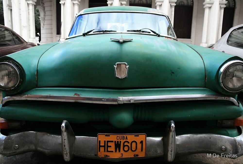 """""""Coche Americano"""" La Habana, Cuba by M De Freitas"""