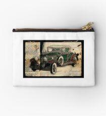 1930 Cadillac Studio Pouch