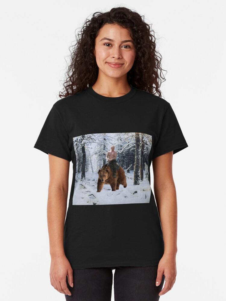 Vista alternativa de Camiseta clásica Putin en un oso