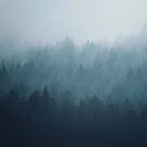 Blauer Waldnebel von OkopipiDesign