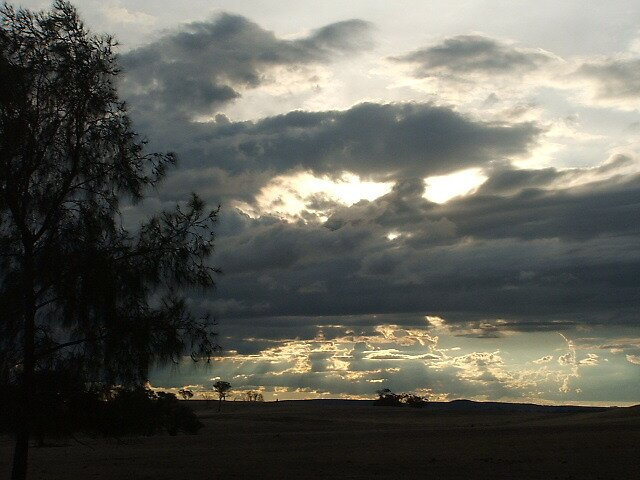 Boomey Hills sunset.b by shaldema1