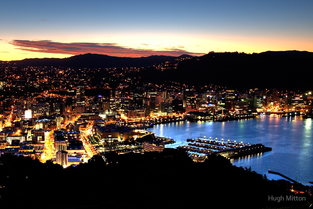 Wellington City Lights by Hugh Mitton